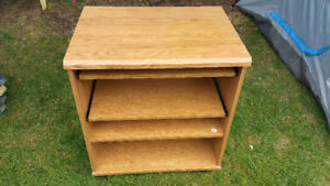 COMPACT ENTERTAINMENT OR MICROWAVE STAND STORAGE ON WHEELS