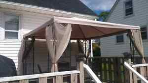 Gazebo 10' x 10' with mosquito net and all parts
