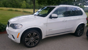 2011 BMW X5 M PACKAGE 7 SEATER 35i