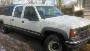 1998 Chev 1 ton 4x4 crew cab long box