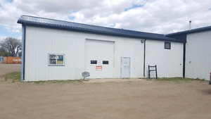 Shop for rent in Brooks