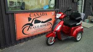 , Mobility Tricycles Chair, Lay Aways Heated Storage Cornwall Ontario image 1