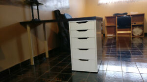 Ikea Linnmon Alex desk and drawers for sale!