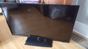 """47"""" LG LED TV - Perfect Condition"""