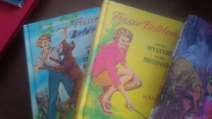 Five Trixie Belden Books, Julie Campbell, Kathryn Kenny, Hardcov Kitchener / Waterloo Kitchener Area image 4