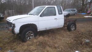 1987 4x4 5 speed nissan for parts