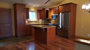 2 bedroom townhouse in Sicamous with Lakeview.