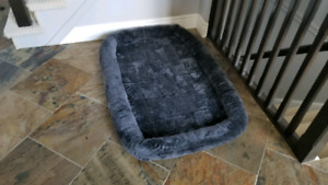 Dog Bed (Large Breed) Brand New!