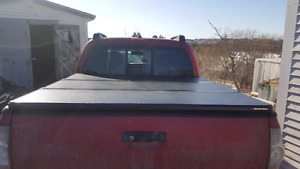Extang Solid Tri Fold cover fits Toyota Tacoma 05-15