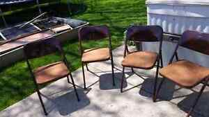 Folding chairs (card table)