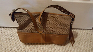 Coach Purse, Classic and lovely