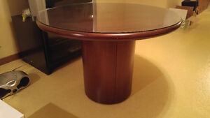 Executive round conference table Windsor Region Ontario image 1