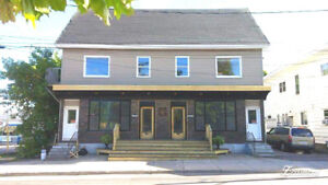 2 Commercial space for rent