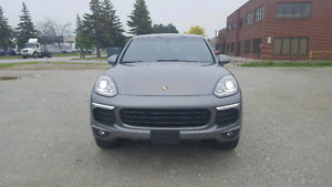 2016 Porsche Cayenne low mileage