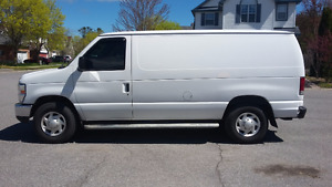 2008 FORD E250 FULL SIZE VAN