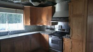 House 3 bed for rent $2600 Available April 1