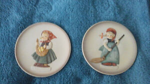 "Hummel  ""Little  Homemakers"" , pair of figurines  and mini-plate Kitchener / Waterloo Kitchener Area image 3"