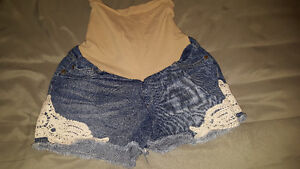 Really cute and comfortable maternity jean shorts!