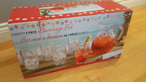 glass beverage set - never used - 7 piece