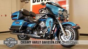 2011 Harley-Davidson FLHTCU - ULTRA LIMITED