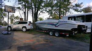 27 Foot VIP Vindicator with Twin Magnum 350s and large cuddy