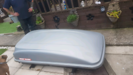 Large Mont Blanco roof box and attachment rails