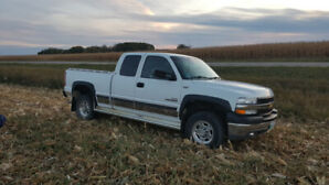 2001 Chevrolet Silverado 2500HD Duramax 124K NO RUST AND LOW KM