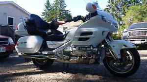 2005 Anniversary Edition Gold Wing with ABS