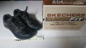 For sale !! skechers shoes size 12 mens