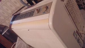 LOW PRICE ON SOLID AC UNIT**PANASONIC WINDOW AIR CONDITIONER
