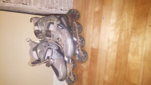 Très beau patin à roue aligné pour femme servie 2 fois   75.00