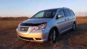 Honda Odyssey 2010 125km good condition 8 seater nice car