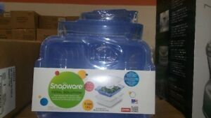 Brand new Snapware Pyrex  food storage and steamer tray $5