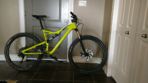 2017 Specialized Camber 650b (Large)