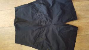 Pantalon court noir de maternité gr. médium