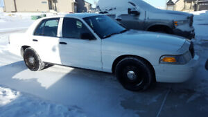 2011 Ford Crown Victoria City of Calgary Police Interceptor 4.6L