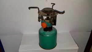 Vintage small burner with igniter
