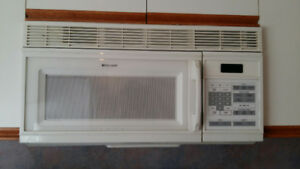 Above stove microwave