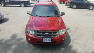 Ford escape 2009 very  low km only 153000km
