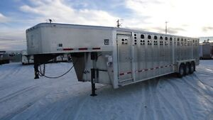 BLOW OUT 2016 Wilson 30'Foreman Aluminum Stock Trailer
