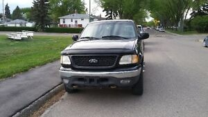 Exceptional 2001 Ford F-150 XLT 4X4 Pickup Truck