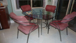 Glass top kitchen table & 4 chairs