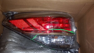 2013-2015 luxes RX350 REAR LEFT OEM FACTORY TAIL LIGHT