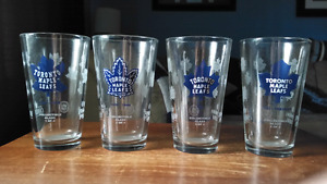 Toronto Maple Leafs Collectible Set of 4 Pint Glasses + 1 Canada