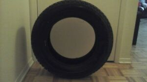 4 PNEUS BRIDGESTONE Ultra Grip Winter Radial Tire - 215/60R16