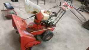 Snowblower for sale with electric start  Stratford Kitchener Area image 1