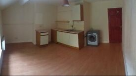 TO LET STUDIO FLAT *no bond* *move in today*