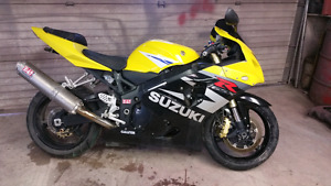 2005 Suzuki GSXR 600 Project Bike Fix and Save
