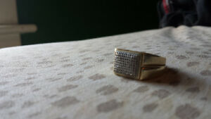 Mens gold an diamond cluster ring Cambridge Kitchener Area image 1