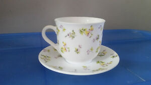 16 piece Teacups & Saucers